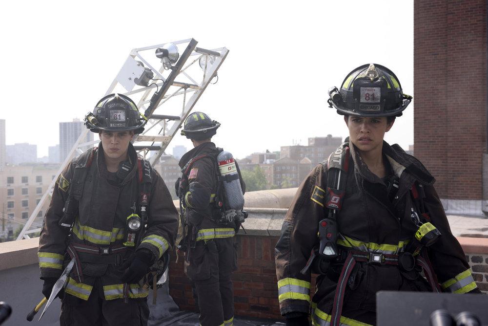 Chicago Fire 10x01